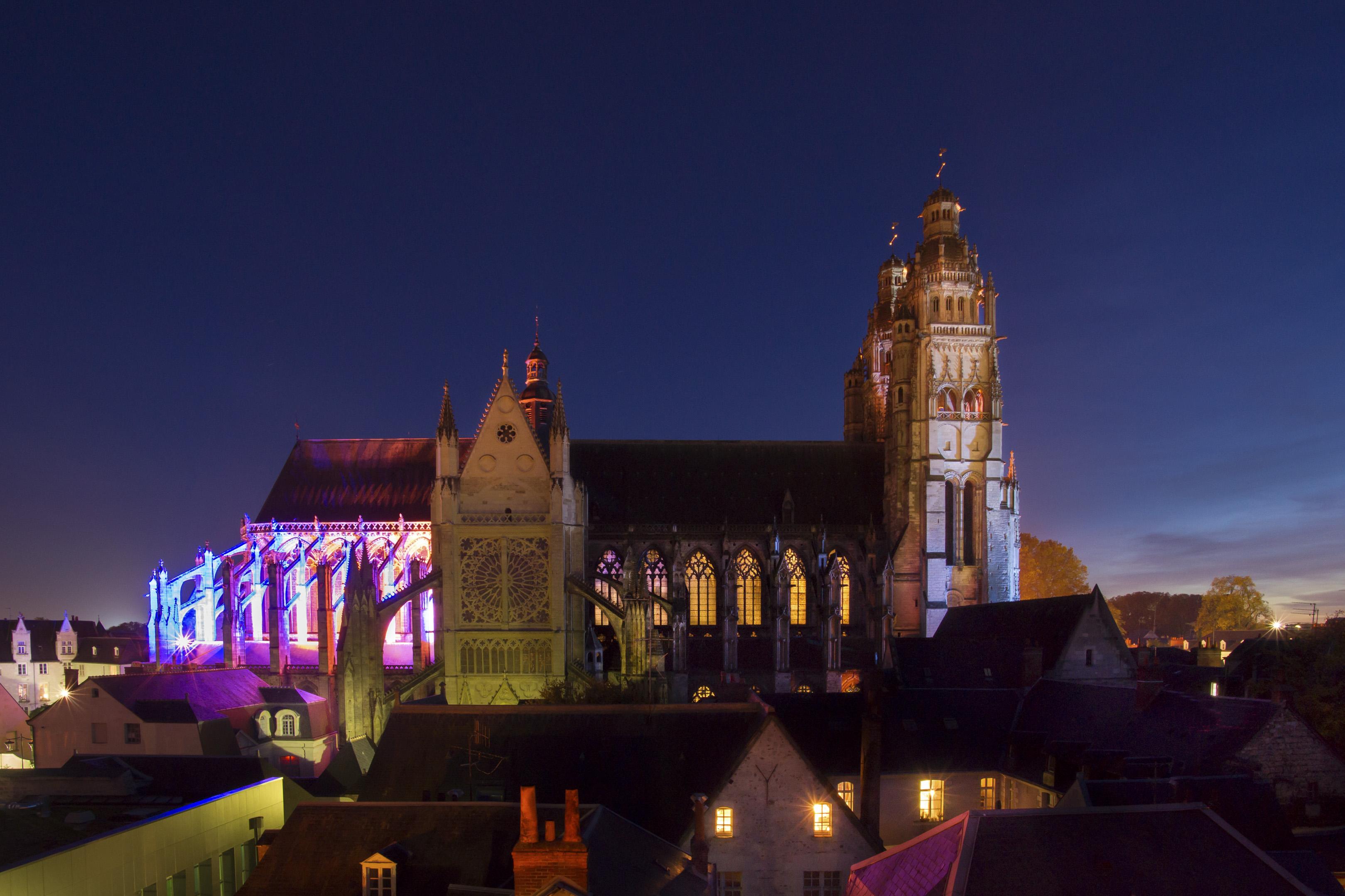Cathédrale Saint-Gatien, lumières de fin de journée - Octobre 2015