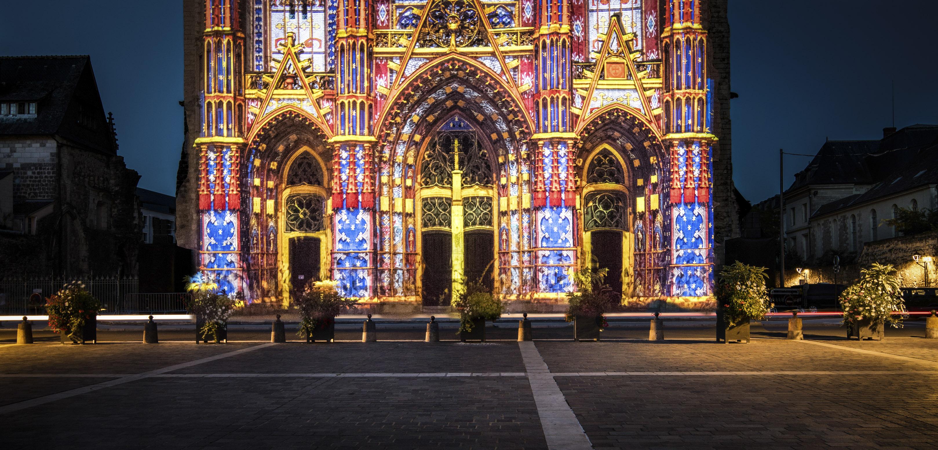 Cathédrale Saint-Gatien, spectacle Les Illusions de la cathédrale - Août 2016