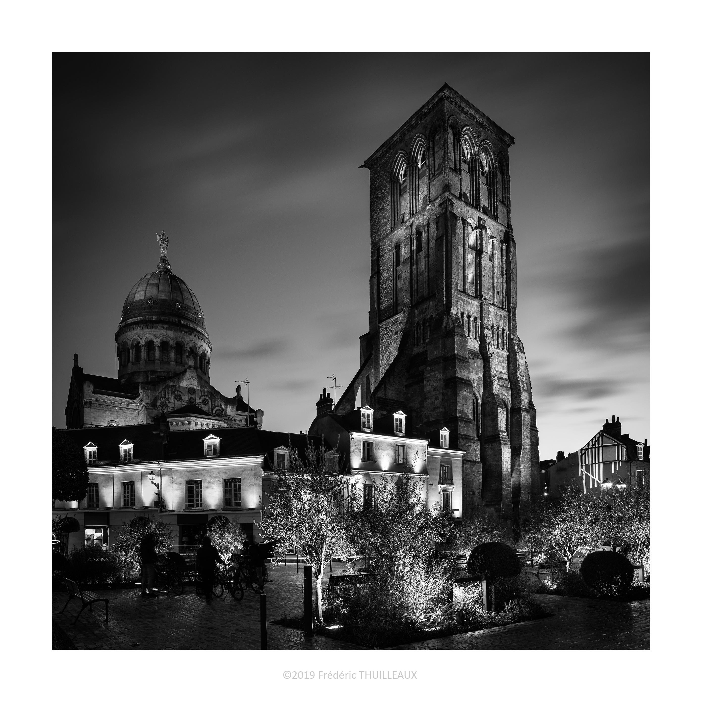 Basilique Saint-Martin et tour Charlemagne - Janvier 2019 #NB